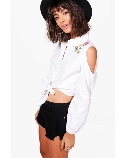 Boohoo | White Faye Embroidered Cold Shoulder Cropped Shirt | Lyst