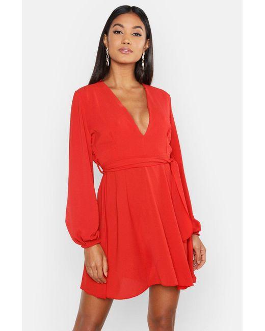 6ab82d7725 Boohoo - Red Belted V Neck Shift Dress - Lyst ...