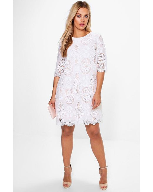 0ca9c815a6b8 Boohoo - White Plus All Over Lace Shift Dress - Lyst ...