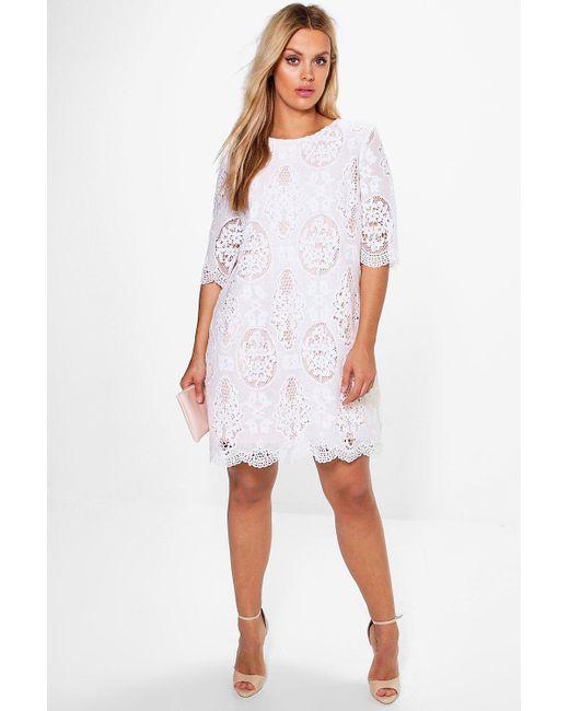 da95608db4609 Boohoo - White Plus All Over Lace Shift Dress - Lyst ...