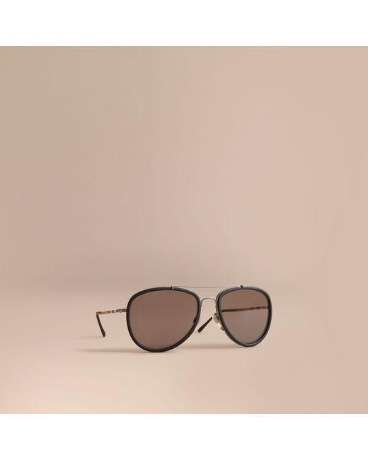 Burberry - Black Lunettes de soleil aviateur avec motif check for Men - Lyst  ... be41955bdb7c