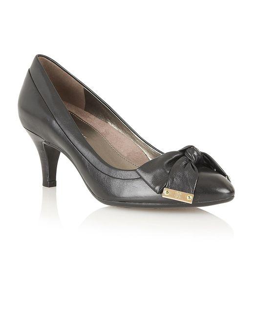 Naturalizer | Black Guiliana Court Shoes | Lyst