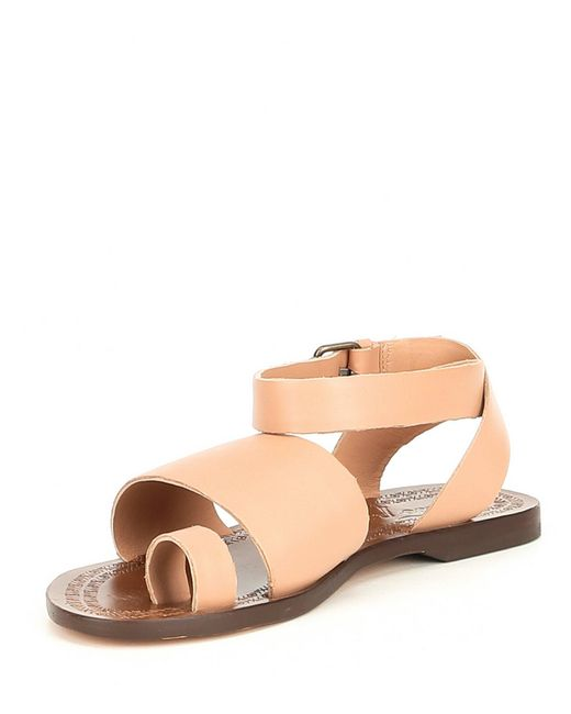 2e57091d058eb5 ... Free People - Pink Torrence Toe Ring Leather Sandals - Lyst ...
