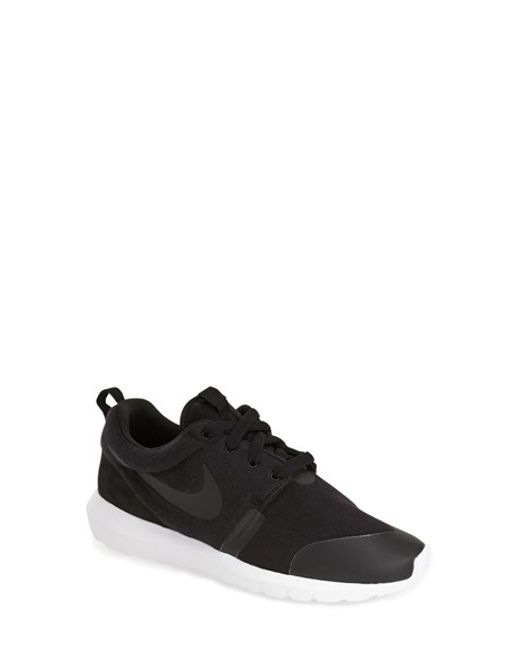 Nike | Black Juvenate Se Sneaker for Men | Lyst