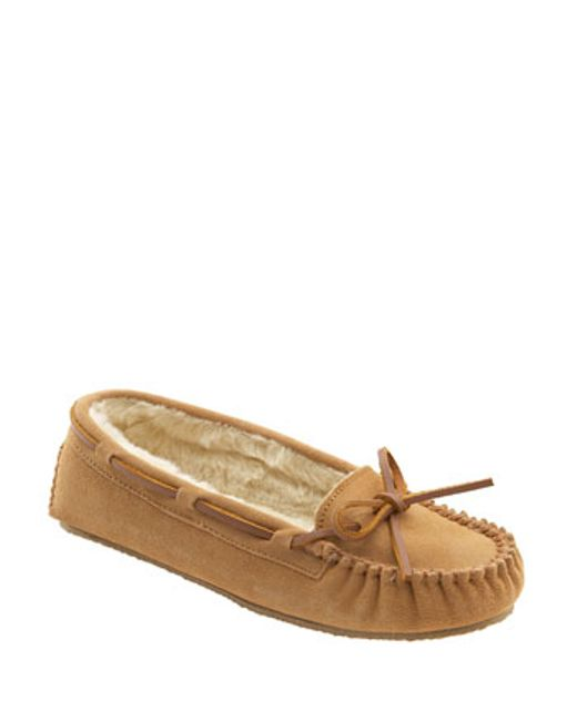 Minnetonka | Natural 'cally' Slipper | Lyst