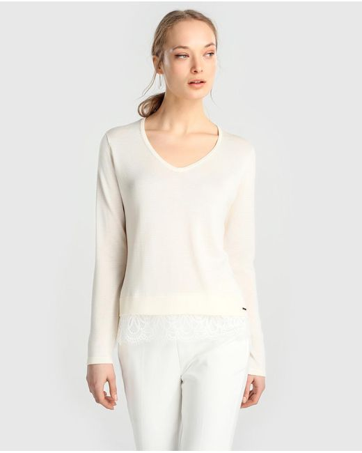Yera - Natural V-neck Sweater With Guipure Lace Shirt-tails - Lyst
