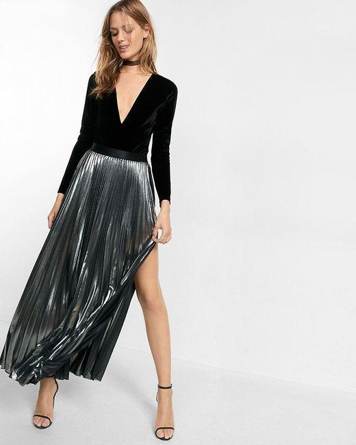 express metallic slit front pleated maxi skirt in metallic