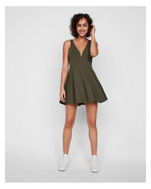 Express - Green Deep V-wire Fit And Flare Skort Dress - Lyst