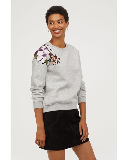 H&M - Gray + Sweatshirt With Motifs - Lyst