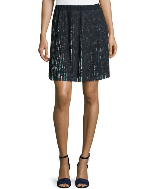 max studio floral print accordion pleated skirt in black