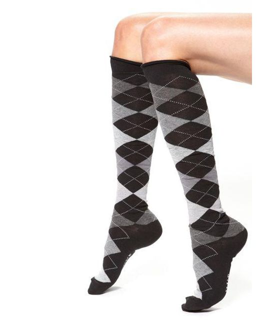 9e1c86359 Hue Argyle Knee Socks in Gray - Lyst