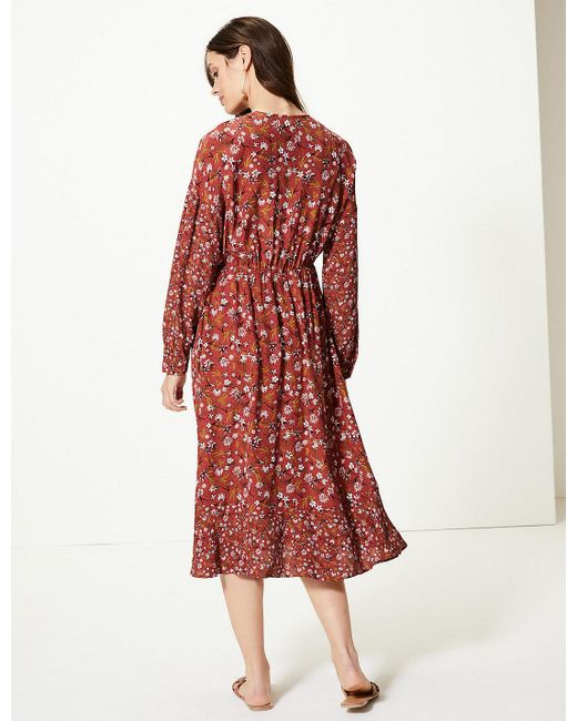 62a722e8e0f3f ... Marks   Spencer - Red Floral Print Long Sleeve Waisted Midi Dress - Lyst