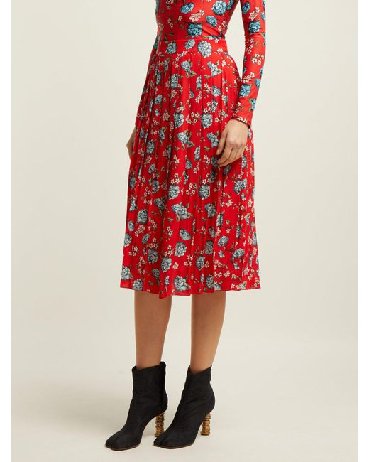 4df9f034a2 Vetements Pleated Floral Print Crepe Midi Skirt in Red - Save 41% - Lyst
