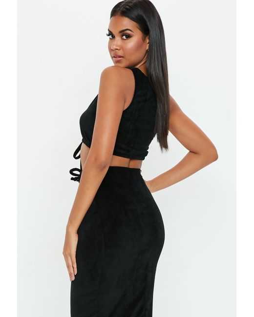 2e0e0011b7c Lyst - Missguided Black Velvet Sleeveless Crop Top in Black
