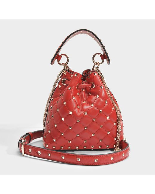 Rockstud Spike Small Bucket Bag in Valentino Red Nappa Leather Valentino New Styles Cheap Online Buy Cheap High Quality Buy Cheap With Paypal ITnuxh5xI