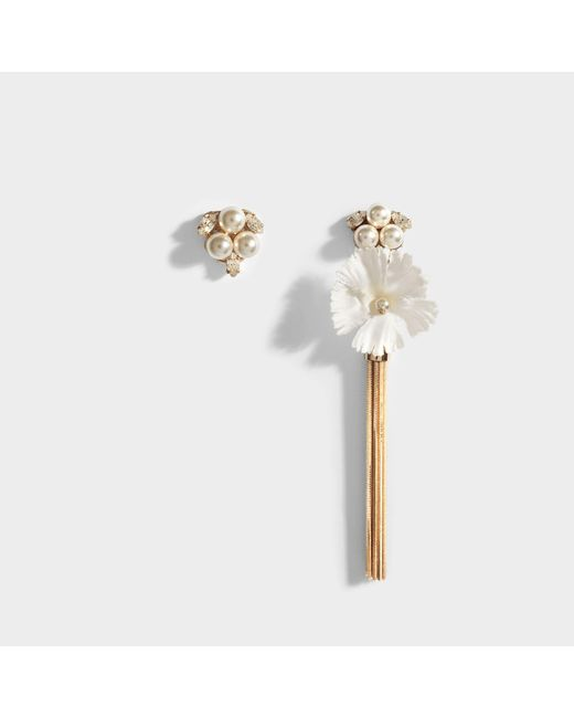 Anton Heunis - Multicolor Pearl And Flower Asymmetric Earrings In White And Crystal Metal - Lyst