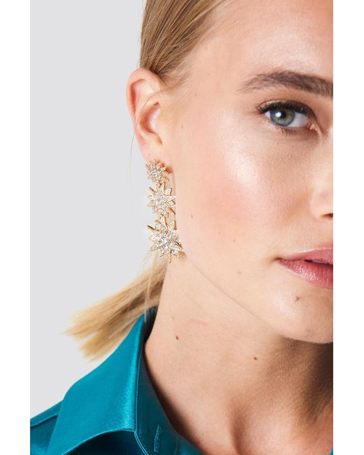 NA-KD - Metallic Hanging Sparkling Stars Earrings Gold - Lyst