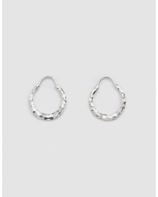 All_blues - Metallic Hungry Baby Snake Earrings In Carved Silver - Lyst