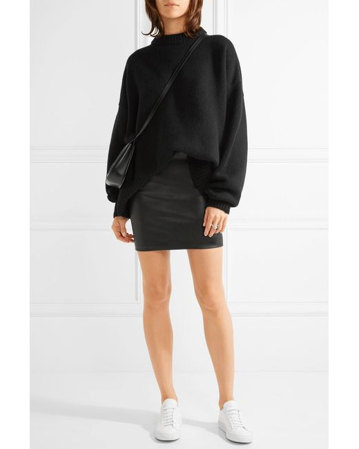 the row loattan stretch leather mini skirt in multicolor