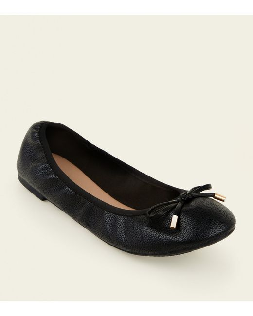 24324899e1 New Look Wide Fit Black Bow Front Elasticated Ballet Pumps in Black ...