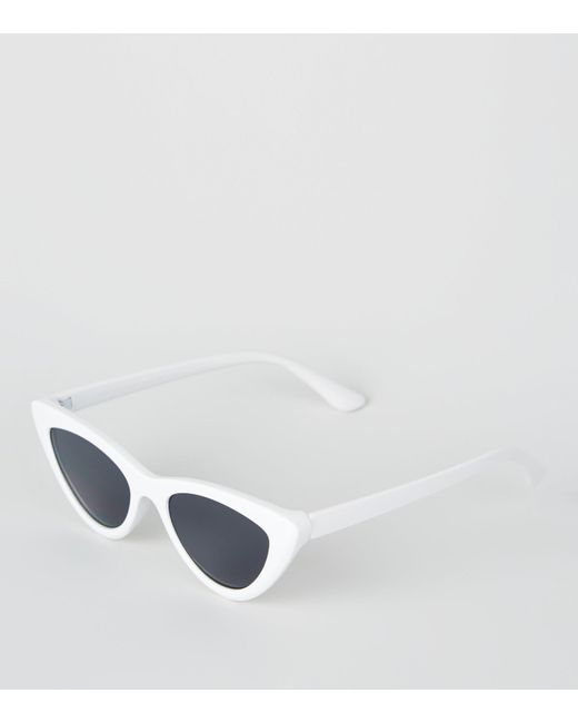 64871baff New Look White Cat Eye Sunglasses in White - Lyst