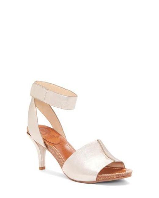 Vince Camuto Women's Odela Sandal 6MoS2H8f1