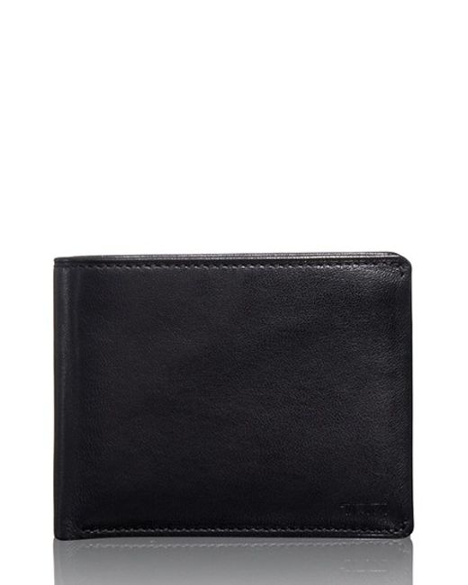 Tumi | Black Chambers Global Leather Passcase Wallet for Men | Lyst