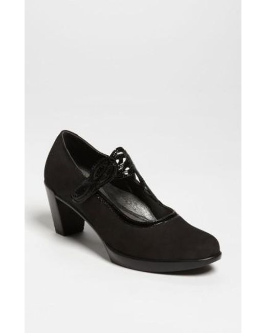Naot - Black 'luma' Pump - Lyst