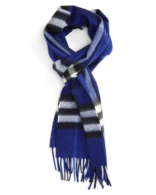 Burberry | Red Heritage Giant Check Fringed Cashmere Muffler | Lyst