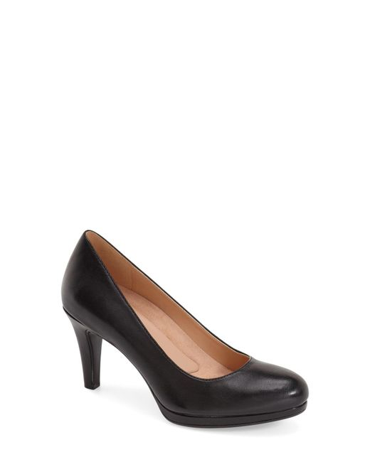 Naturalizer - Black 'michelle' Almond Toe Pump - Lyst