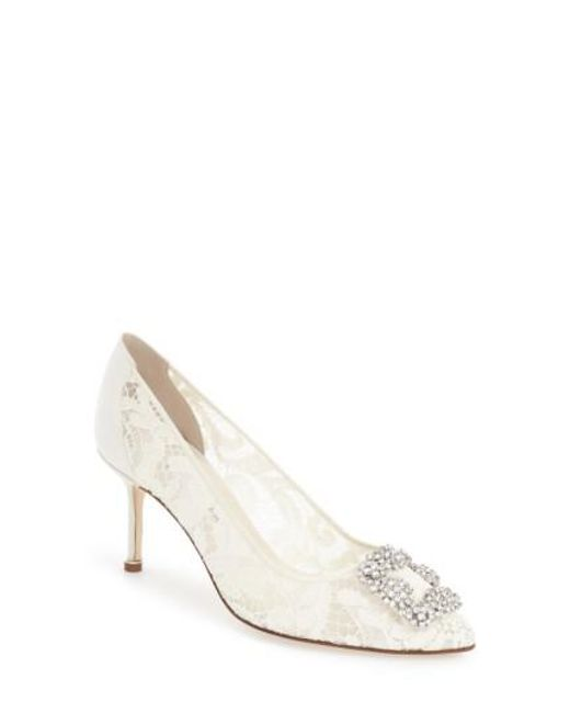 Manolo Blahnik Women's 'Hangisi' Pointy Toe Lace Pump ydN5HmY