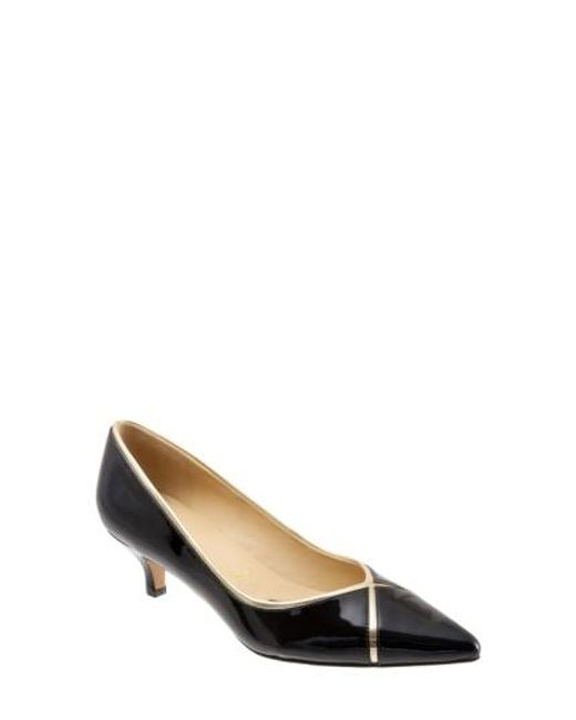 Trotters | Black 'kelsey' Pointy Toe Pump | Lyst