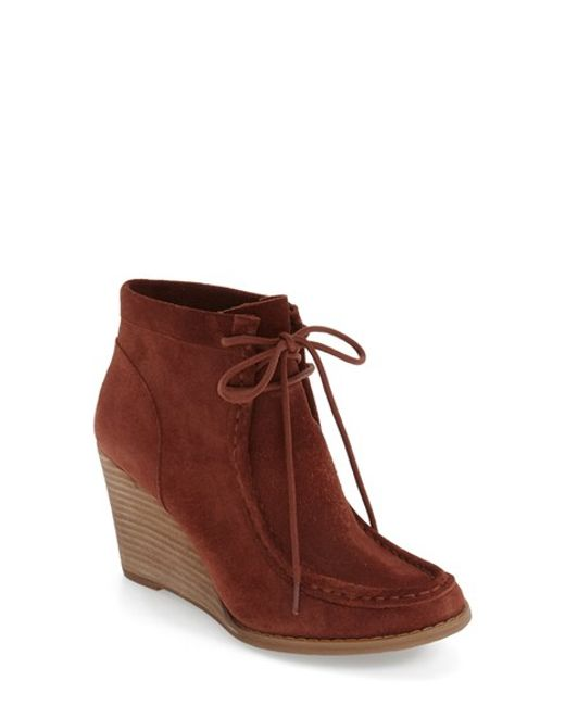 lucky brand ysabel wedge chukka boot in brown lyst