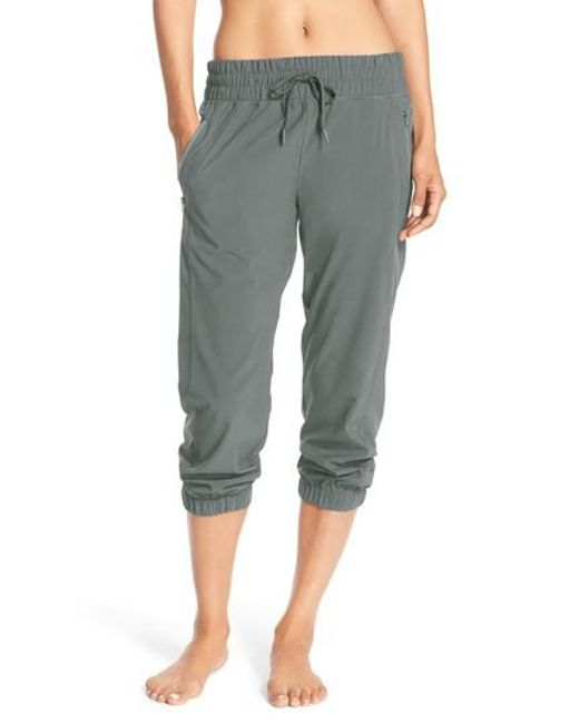 Zella | Black Out & About Crop Joggers | Lyst