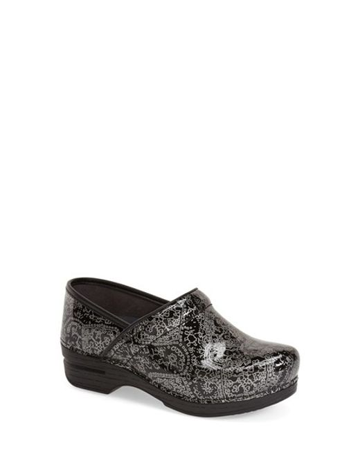 Dansko | Natural Pro Xp Medallion-Print Leather Clogs | Lyst