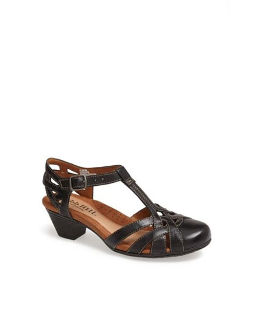 Cobb Hill | Black 'aubrey' Sandal | Lyst