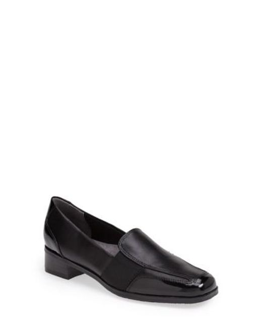 Trotters | Black 'arianna' Loafer | Lyst