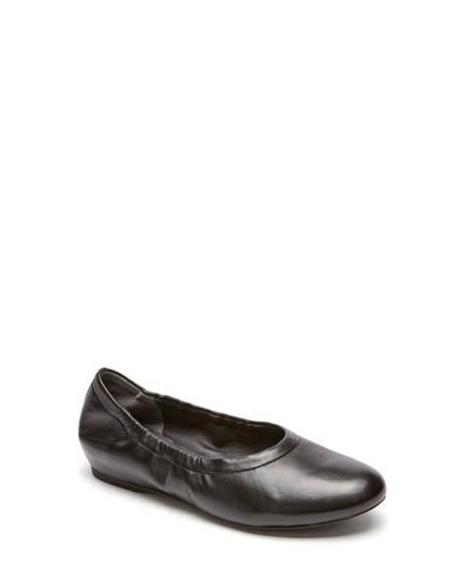 Rockport | Black Total Motion Luxe Ruched Slip-on | Lyst