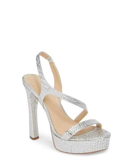 Vince Camuto Imagine Vince Camuto Prent Metallic Leather Strappy Dress Sandals yi6kM