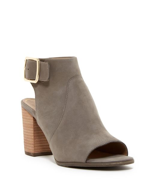 Vionic | Gray Blakely Heeled Sandal - Wide Width Available | Lyst