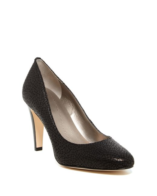 Tahari | Black Naila Embossed Leather Pumps | Lyst