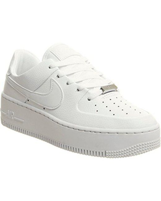 the best attitude 4f9e6 228f5 Nike - White Air Force 1 Sage Trainers - Lyst