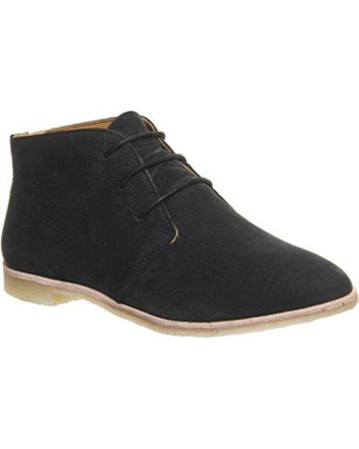 Clarks - Black Phenia Desert Boot - Lyst