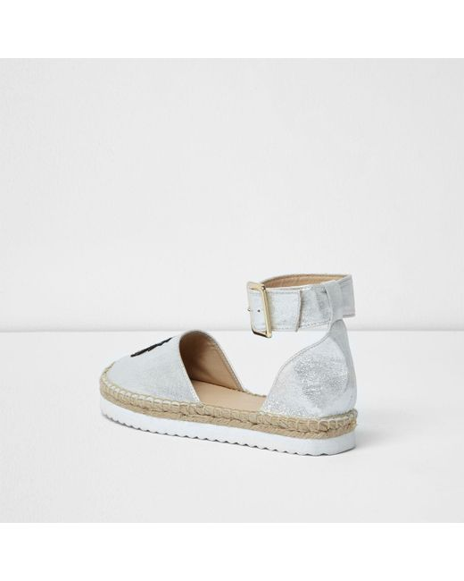 Pineapple Shoes River Island