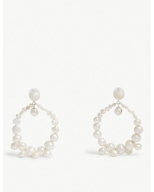 Dinosaur Designs - White Pearl Garden Hoop Earrings - Lyst