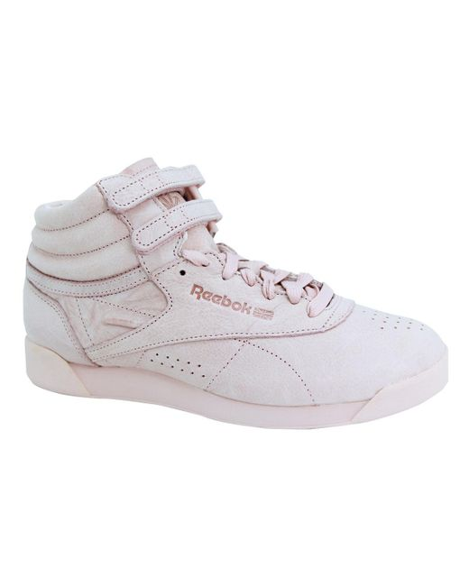 3162b2e25c7 ... Reebok - Freestyle HI Fbt Polish Pink femmes Chaussures en rose - Lyst  ...