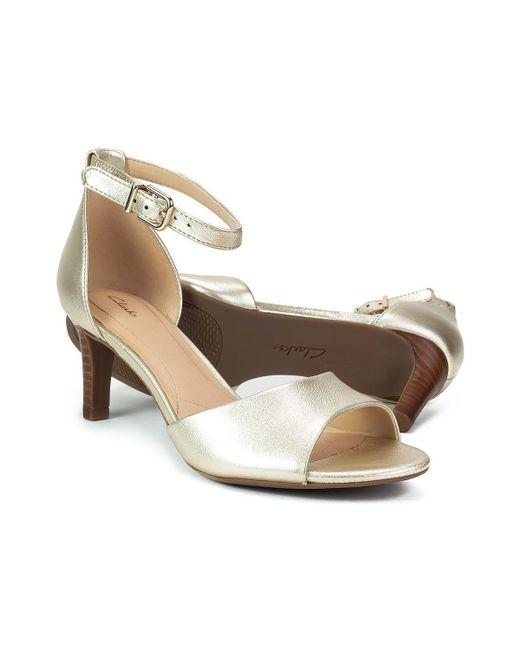 1f1cd54cd714 Clarks Laureti Grace Women s Sandals In Gold in Metallic - Lyst