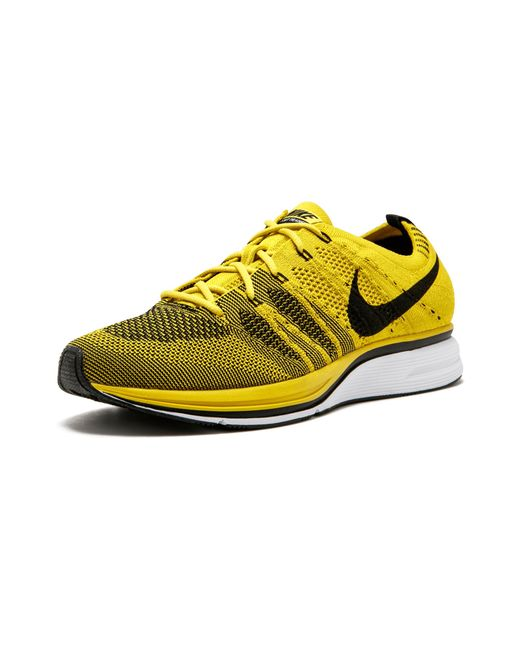 17fe204d7539b Nike Flyknit Trainer in Yellow for Men - Save 35% - Lyst