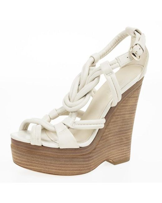e5e312d2d Gucci Off White Leather Kotao Wedge Sandals Size 36 in White - Lyst