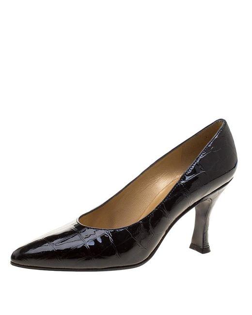 Stuart Weitzman - Black Patent Croc Embossed Leather Pumps Size 38.5 - Lyst